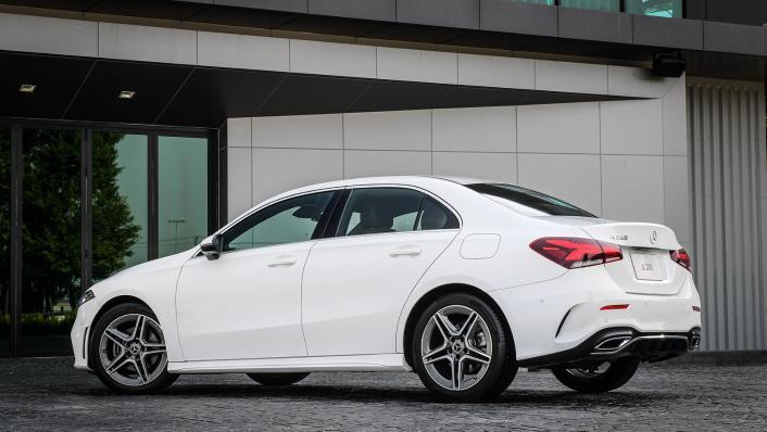 2021 Mercedes-Benz A-Class A 200 AMG Dynamic Exterior 007