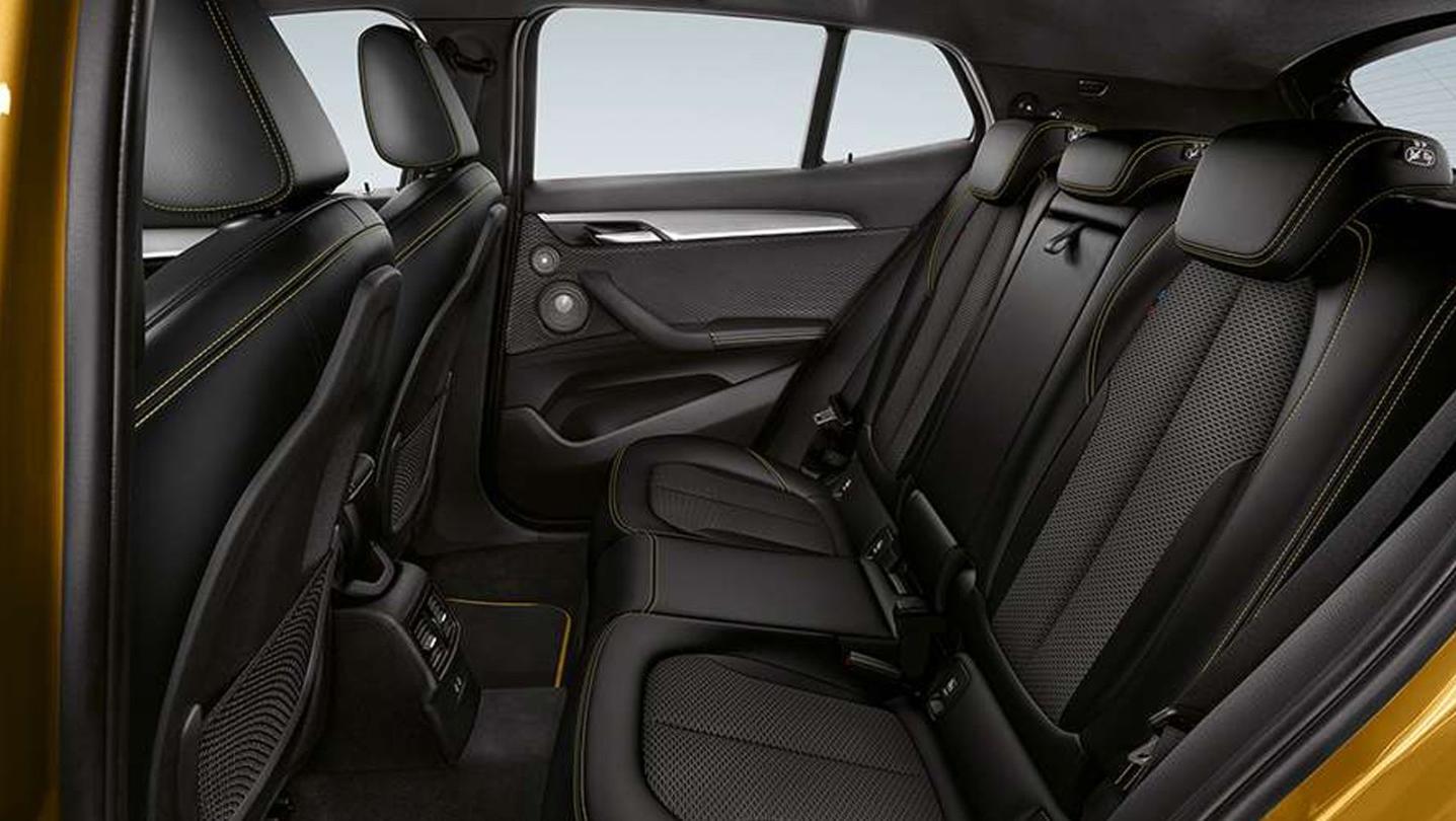 BMW X2 2020 Interior 002