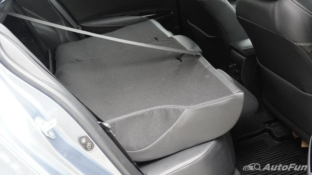 2021 Toyota Corolla Altis 1.8 Sport Interior 038