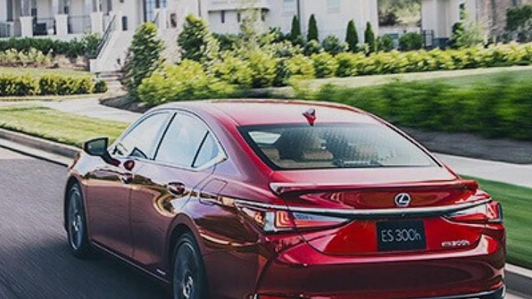 Lexus ES 2020 Exterior 005
