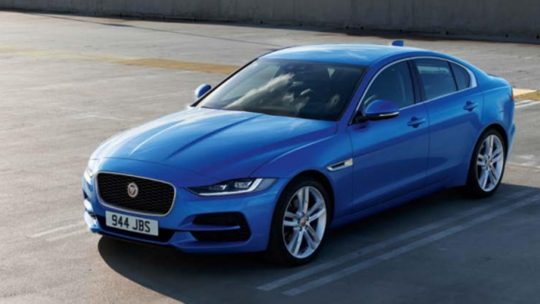 Jaguar XE Public 2020 Exterior 006