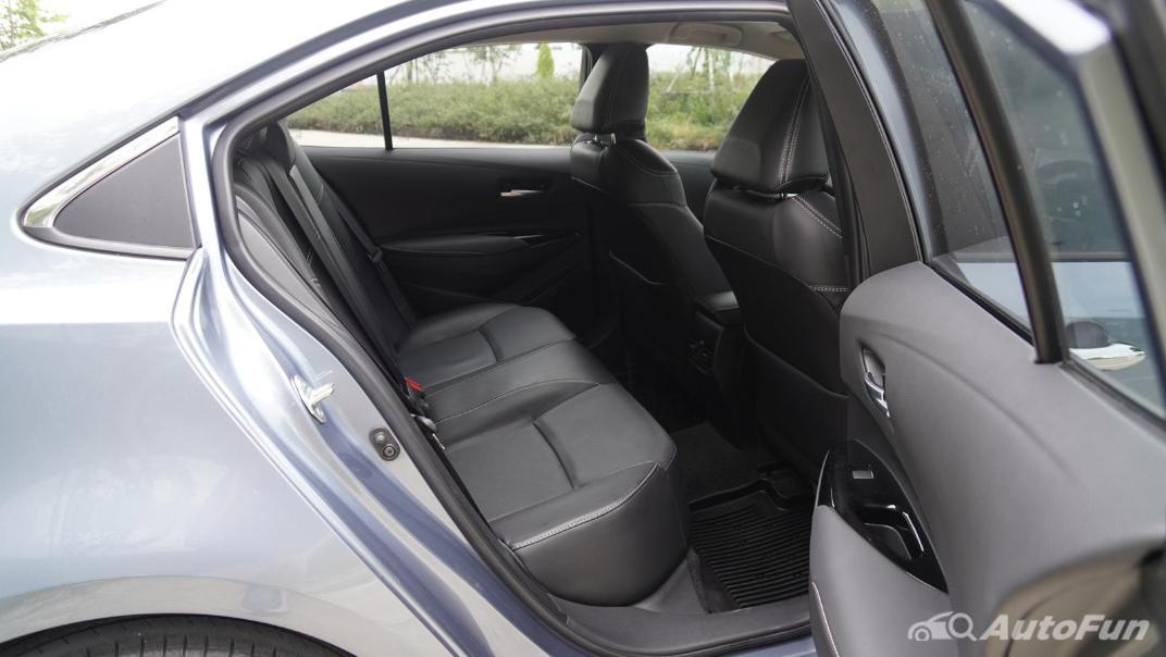 2021 Toyota Corolla Altis 1.8 Sport Interior 033