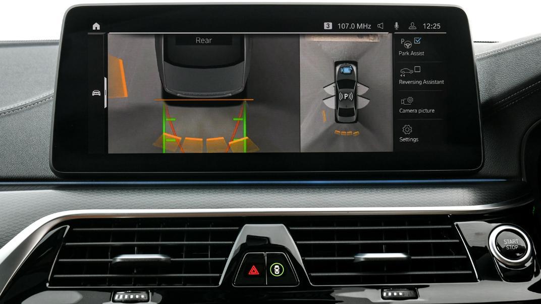 2021 BMW 5 Series Sedan 530e M Sport Interior 032