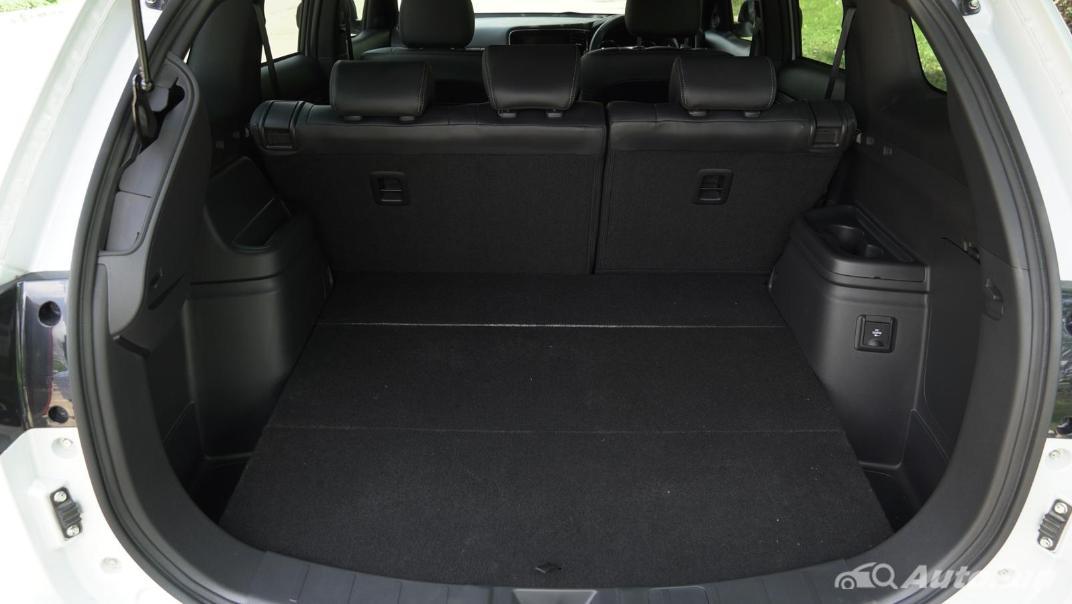 2021 Mitsubishi Outlander PHEV GT-Premium Interior 052