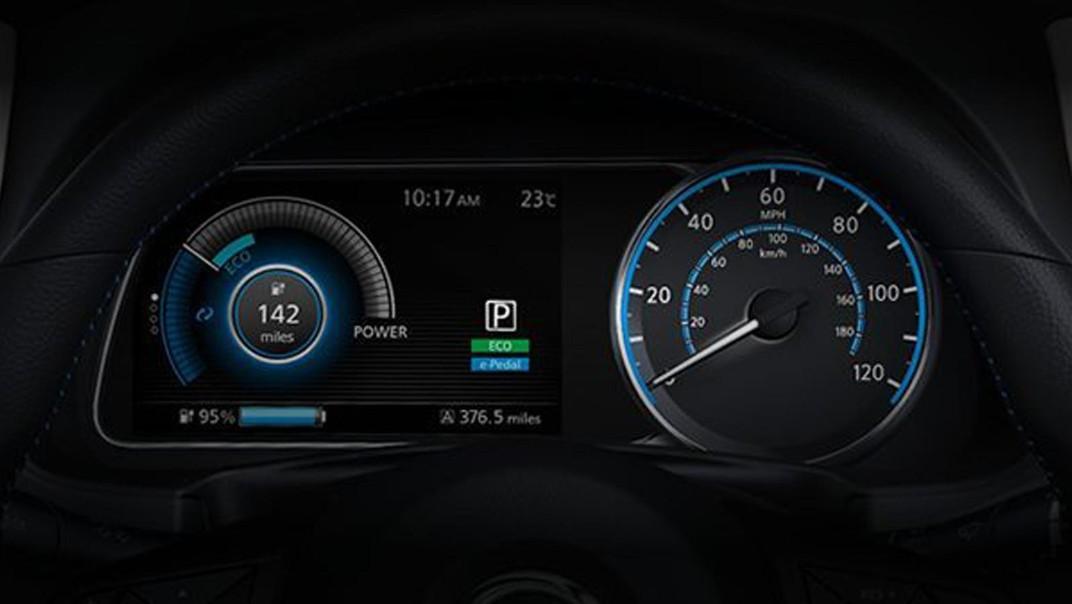 Nissan Leaf 2020 Interior 003
