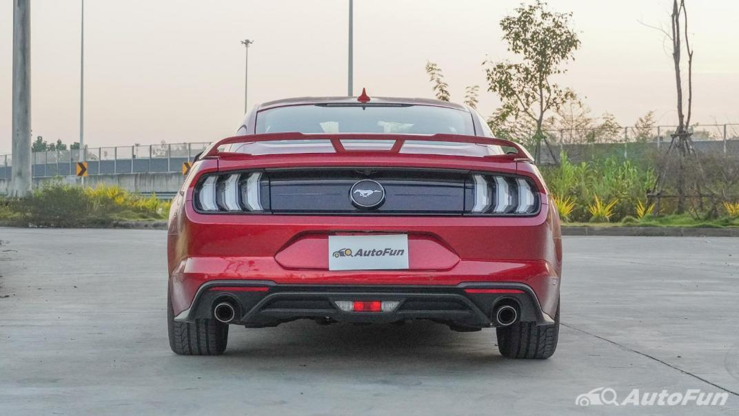 2020 Ford Mustang 2.3L EcoBoost Exterior 006