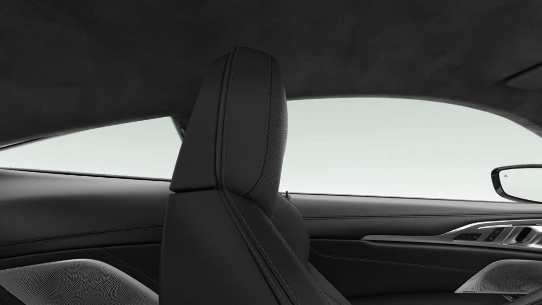 BMW M8 2020 Interior 002