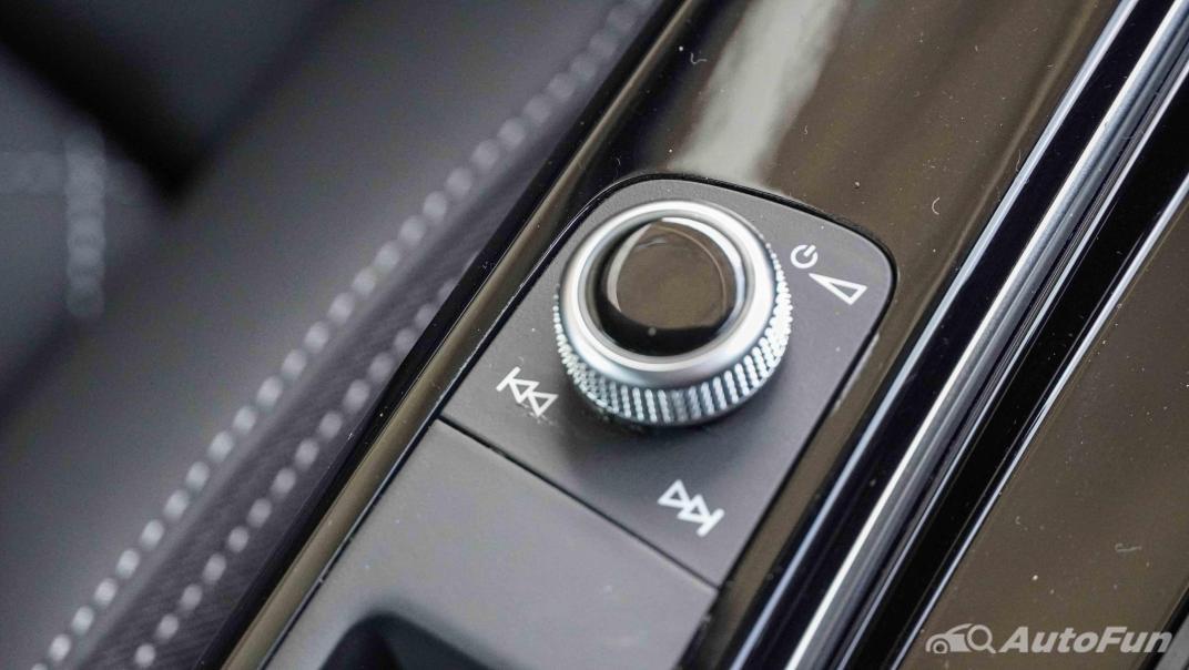 2020 Audi A4 Avant 2.0 45 TFSI Quattro S Line Black Edition Interior 037