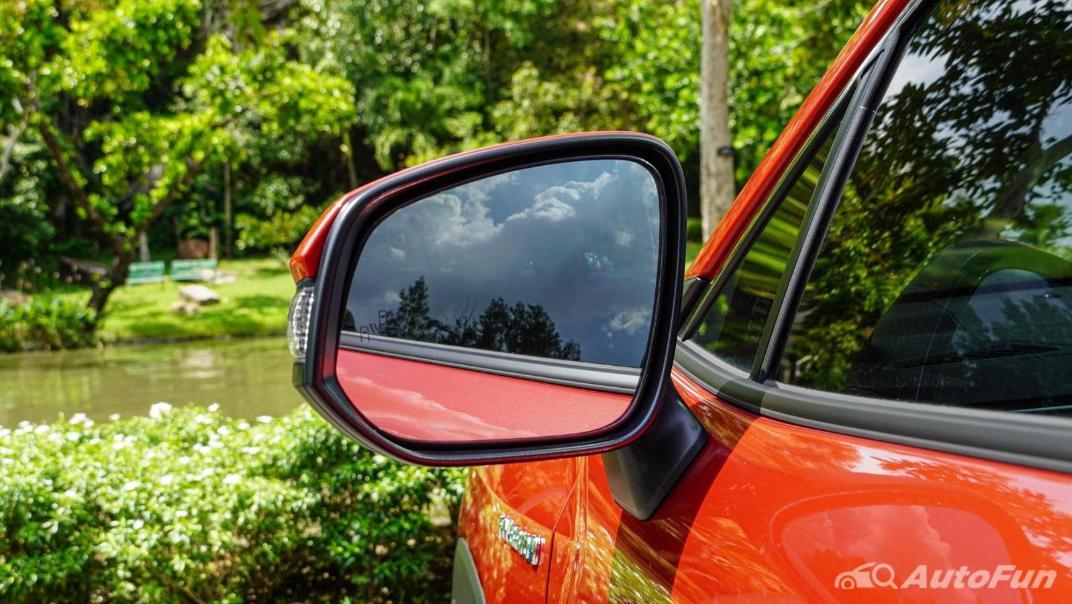 2020 Toyota Corolla Cross 1.8 Hybrid Premium Safety Exterior 036
