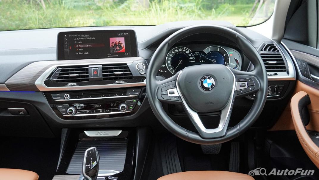 2020 2.0 BMW X3 xDrive20d M Sport Interior 002