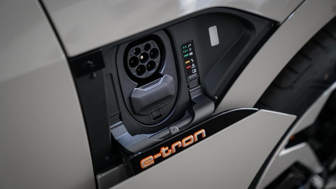 2020 Audi E Tron Sportback 55 quattro S line Exterior 057
