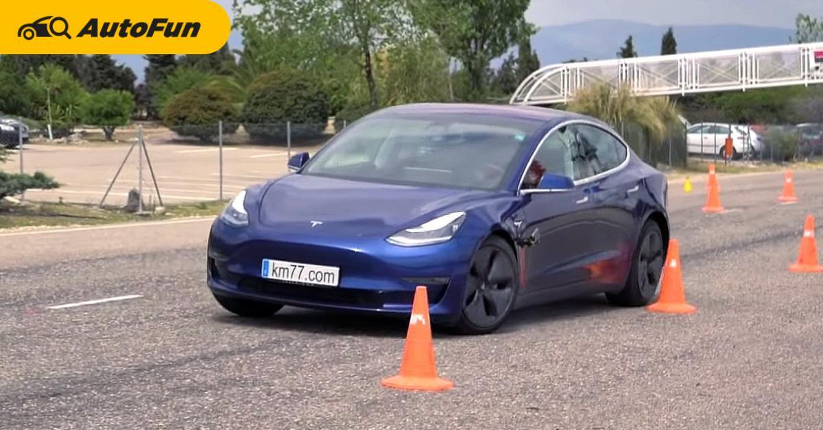 Tesla แก้ข่าว โชว์การขับของสาวจีนเบรคแตก พบมีการชะลอรถปกติ คุณจะเชื่อหรือไม่ ? 01