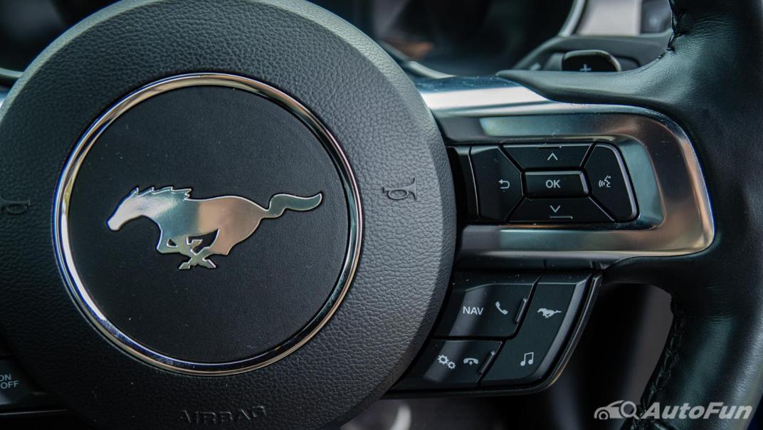 2020 Ford Mustang 5.0L GT Interior 007