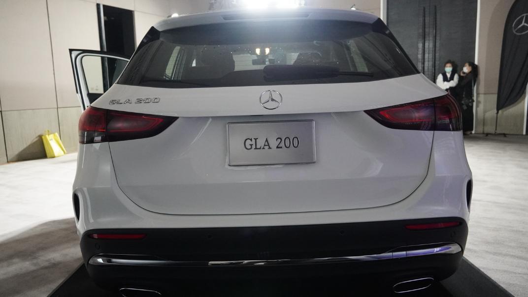 2021 Mercedes-Benz GLA-Class 200 AMG Dynamic Exterior 013