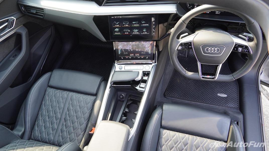 2020 Audi E Tron Sportback 55 quattro S line Interior 002