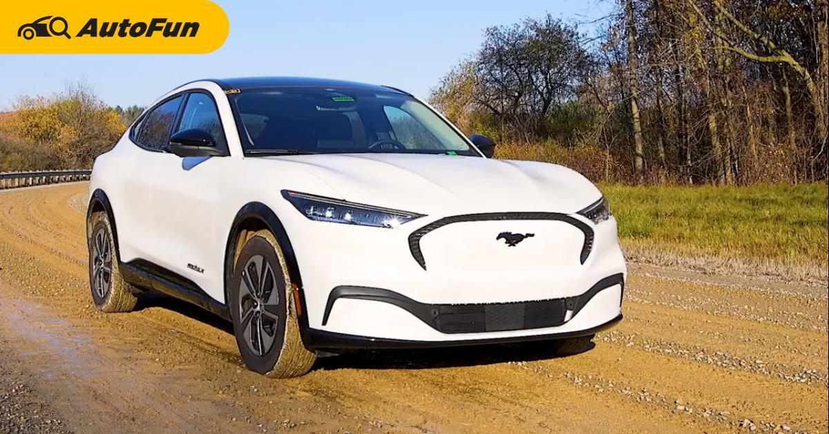 Ford Mustang Mach-E โชว์ขับลุยดินโคลน และทุบหน้าจอ ไม่มีอะไรบุบสลาย เทสล่าทำได้รึเปล่า ? 01