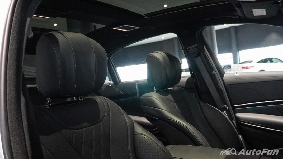 Mercedes-Benz S-Class S 560 e AMG Premium Interior 051