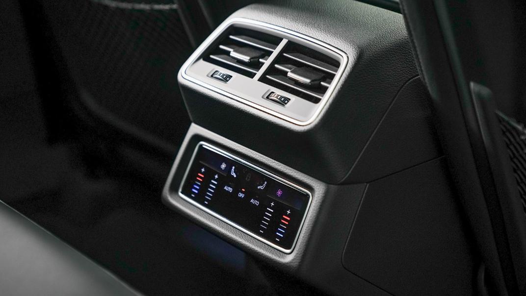 2020 Audi E Tron Sportback 55 quattro S line Interior 004