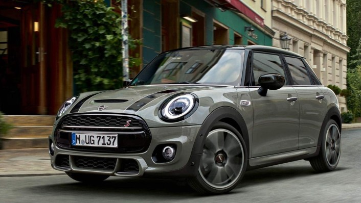 Mini 5-Door-Hatch Public 2020 Exterior 005