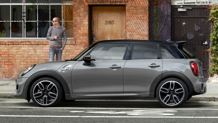 Mini 5-Door-Hatch 2020 Exterior 006