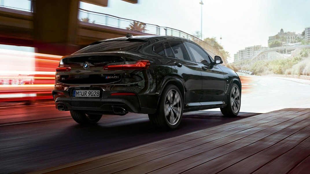BMW X4-M Public 2020 Exterior 004