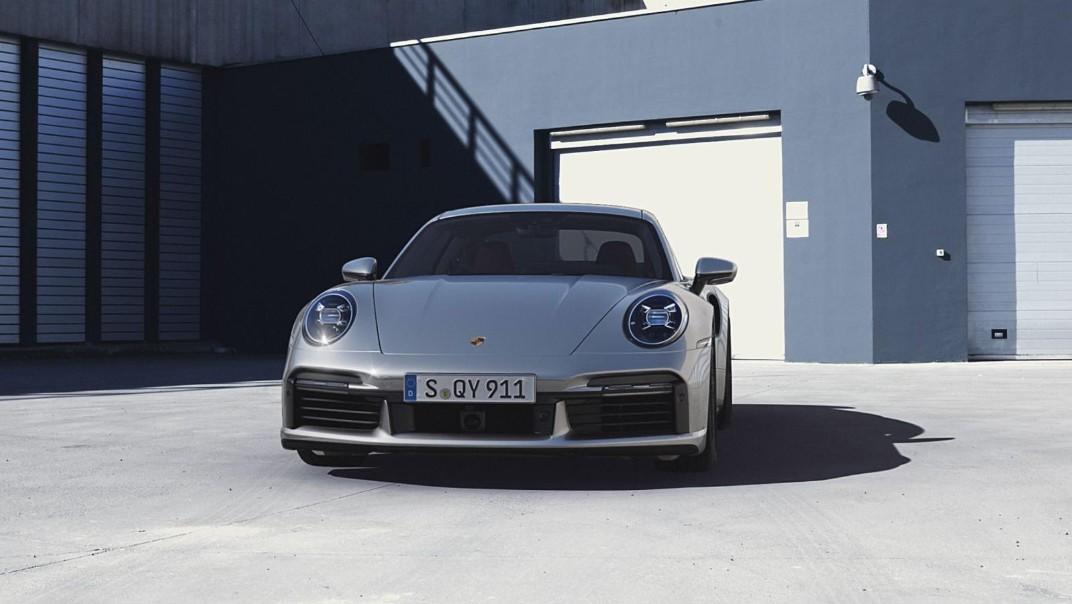 Porsche 911 2020 Exterior 008
