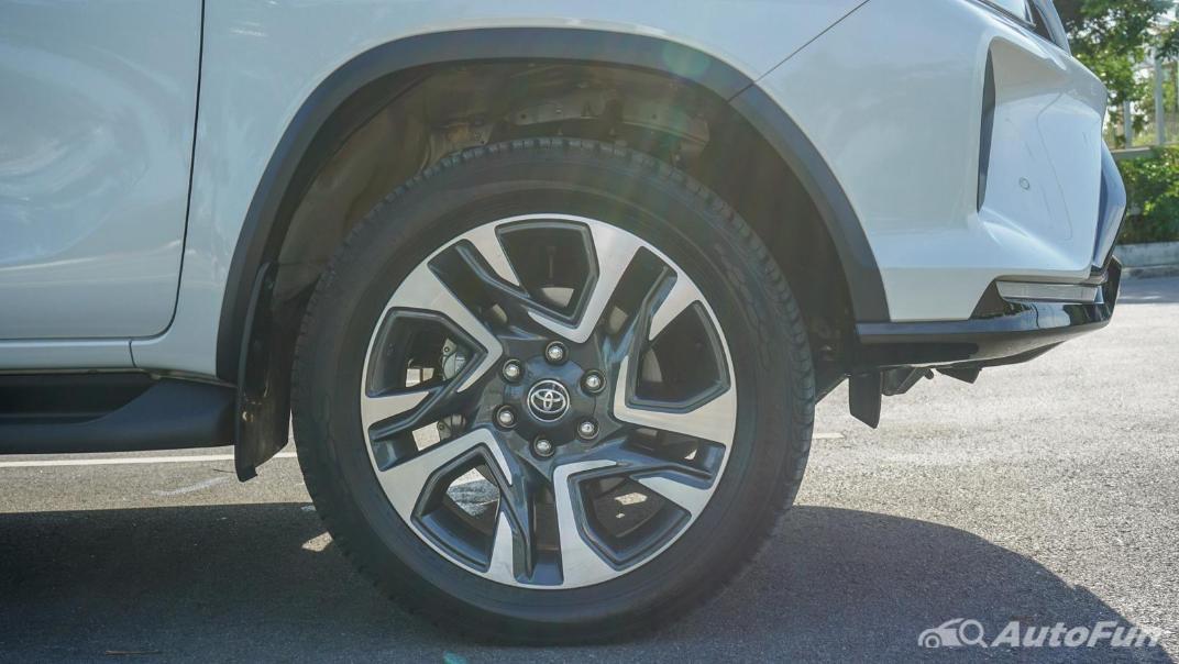 2020 Toyota Fortuner 2.8 Legender 4WD Exterior 038
