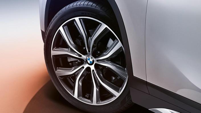 BMW X1 2020 Exterior 006