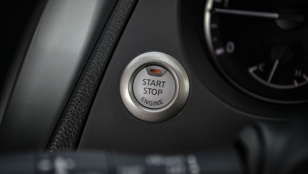 Nissan Navara 2021 Interior 026