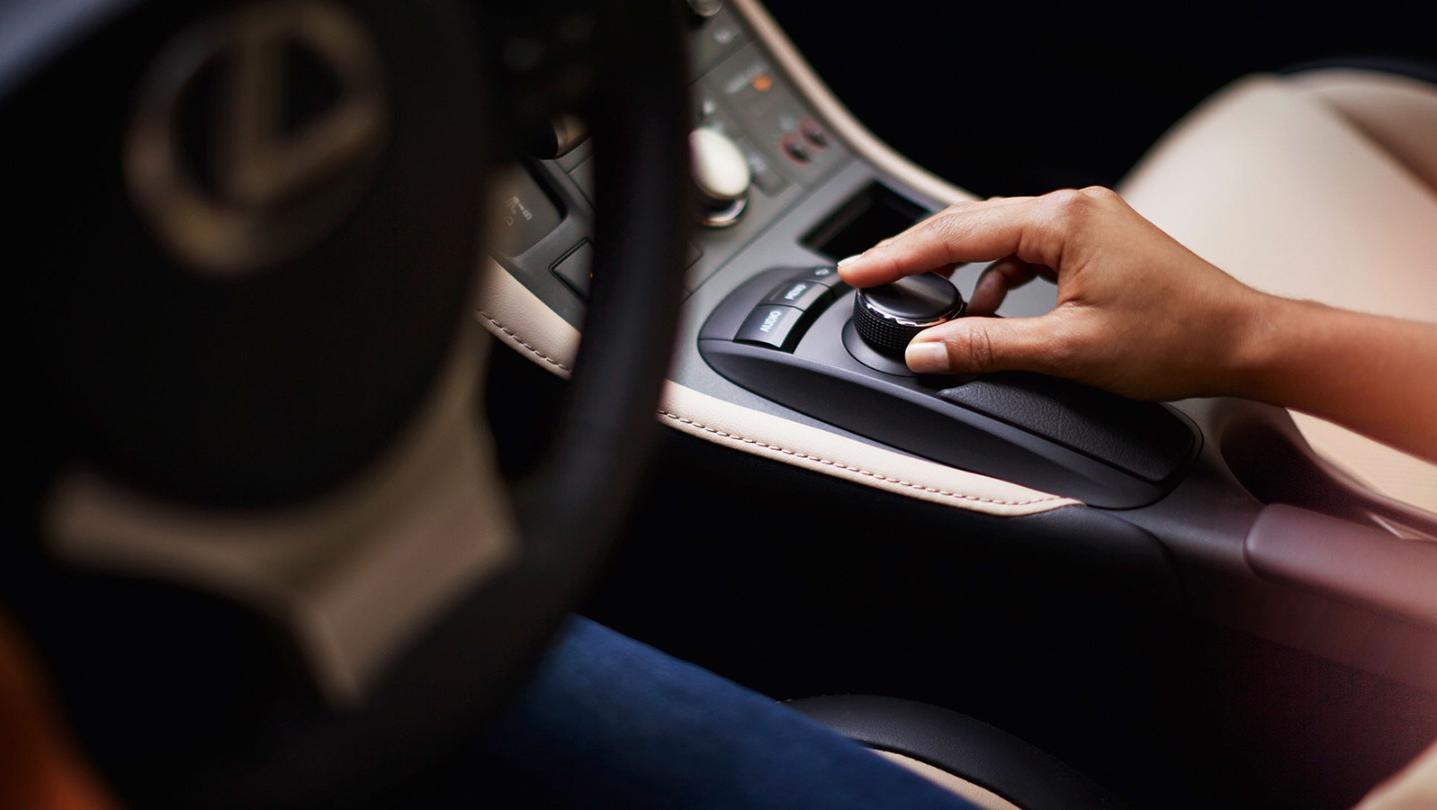 Lexus CT 2020 Interior 005
