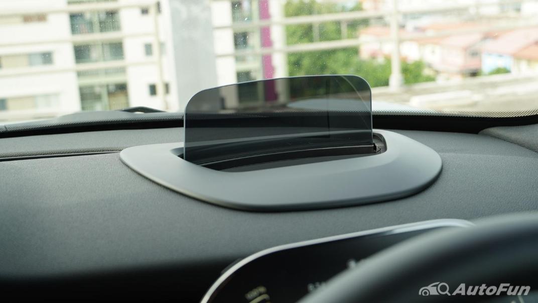 2021 MNI 3-Door Hatch Cooper S Interior 017