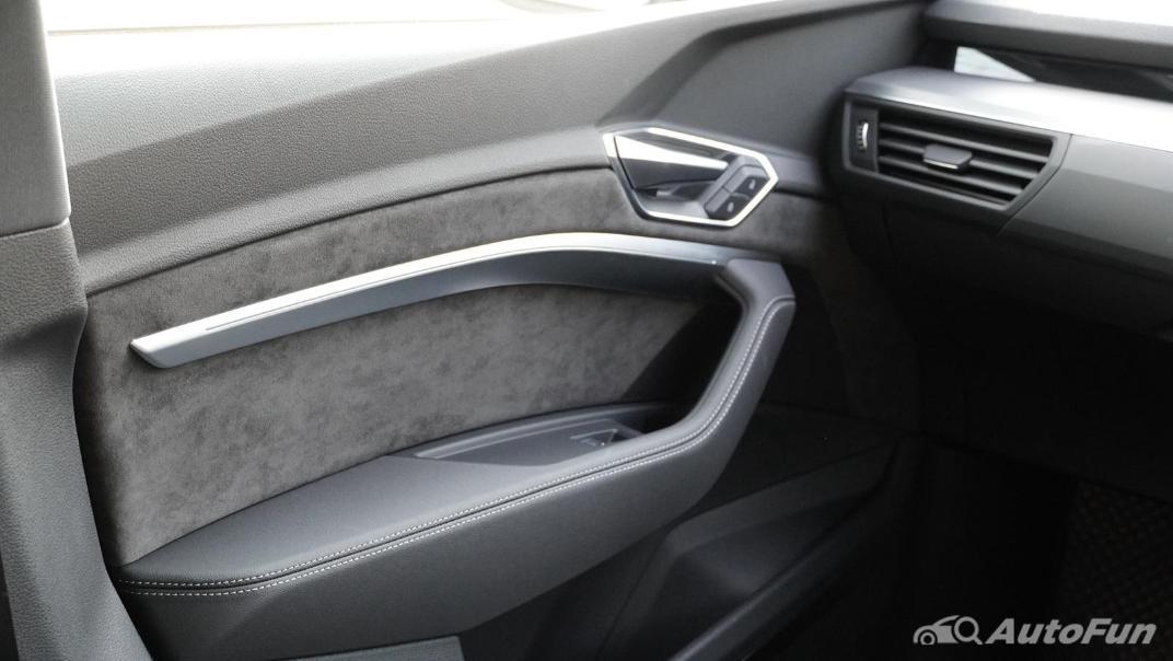 2020 Audi E Tron Sportback 55 quattro S line Interior 026
