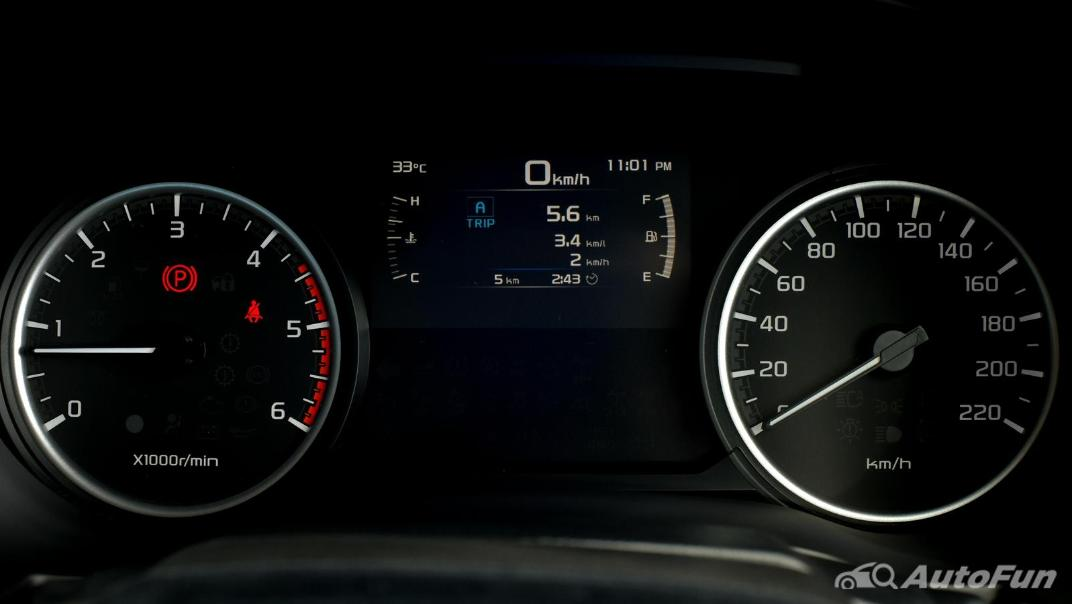 Mazda BT-50 Pro 2021 Interior 035