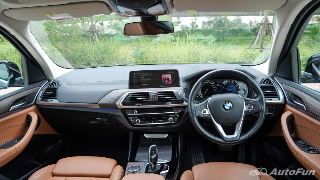 2020 2.0 BMW X3 xDrive20d M Sport Interior 001