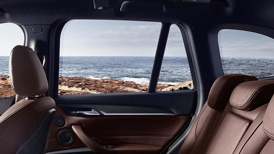 BMW X1 Public 2020 Interior 004