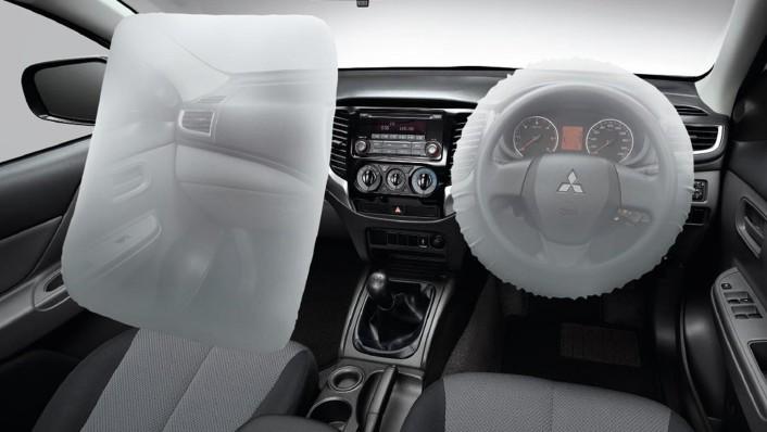 Mitsubishi Triton Public 2020 Interior 002
