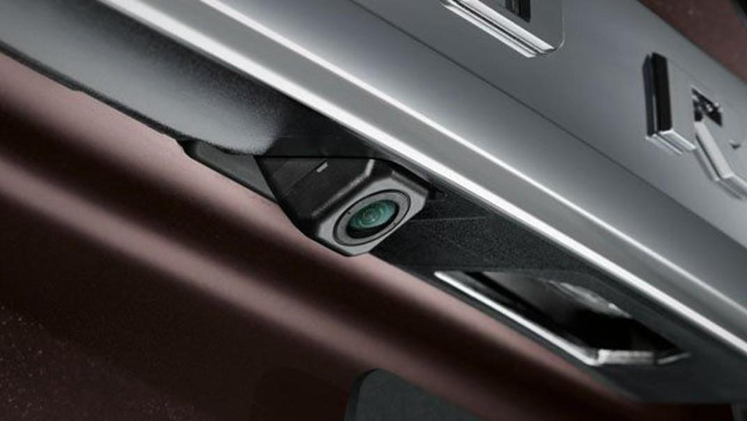 Toyota Fortuner 2020 Exterior 013