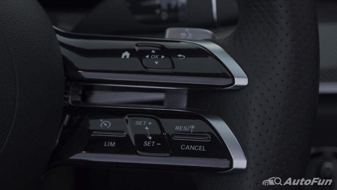 2021 Mercedes-Benz E-Class Cabriolet E 200 AMG Dynamic Interior 005