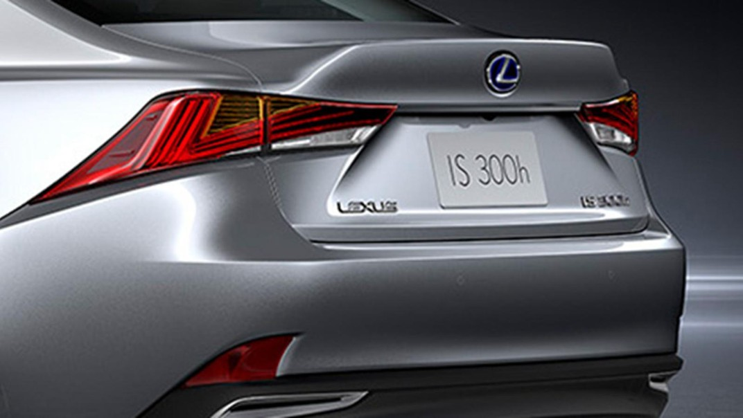 Lexus IS 2020 Exterior 015