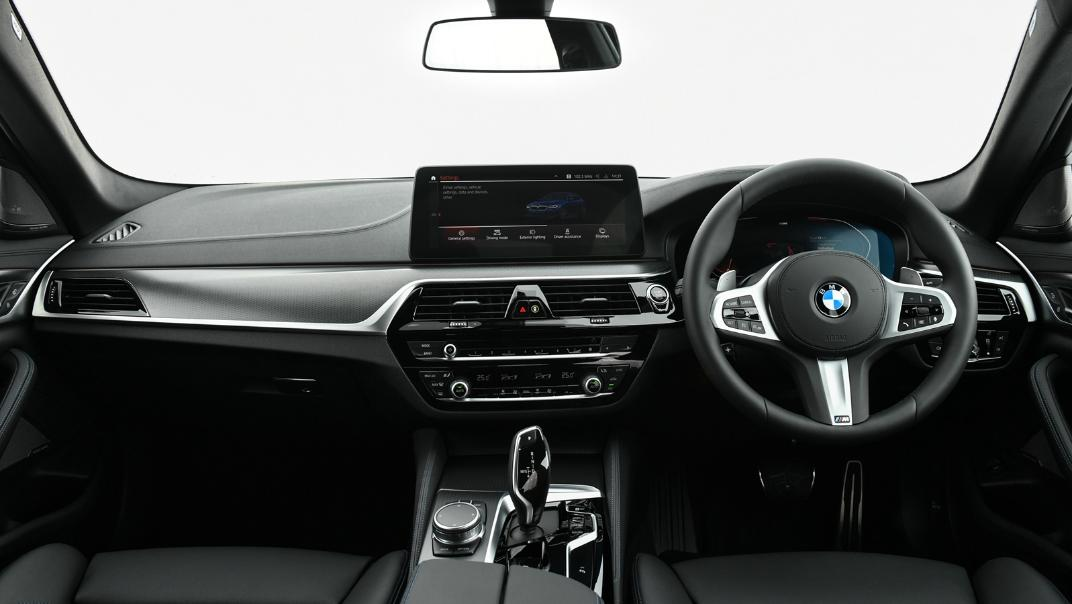 2021 BMW 5 Series Sedan 520d M Sport Interior 025