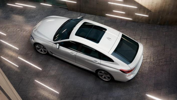 BMW 6-Series-Gran-Turismo 2020 Exterior 006
