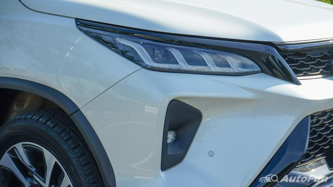 2020 Toyota Fortuner 2.8 Legender 4WD Exterior 011