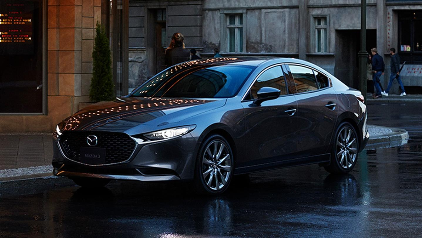 Mazda 3 Fastback 2020 Exterior 002