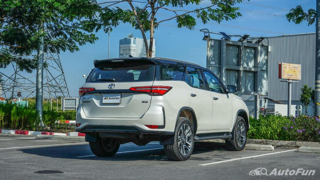 2020 Toyota Fortuner 2.8 Legender 4WD Exterior 005