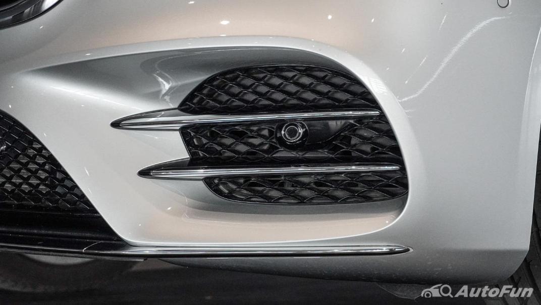 Mercedes-Benz S-Class S 560 e AMG Premium Exterior 016