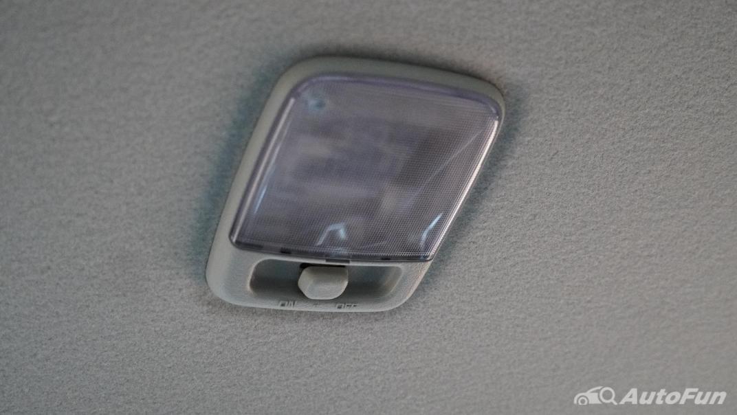 2021 Nissan Navara Double Cab 2.3 4WD VL 7AT Interior 055