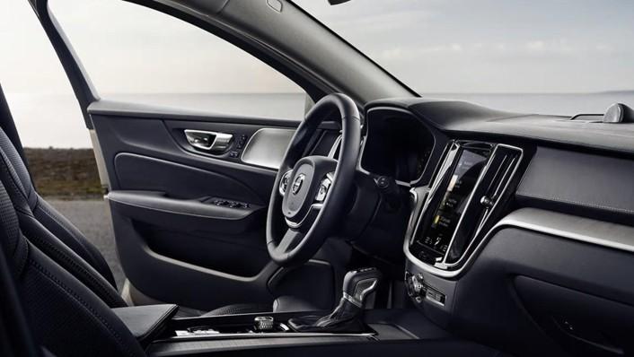 Volvo V60 2020 Interior 006