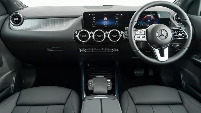 2021 Mercedes-Benz GLA-Class 200 Progressive Interior 009