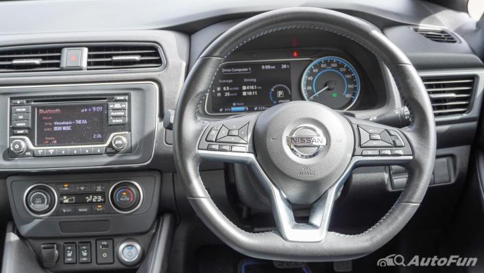 2020 Nissan Leaf Electric Interior 003