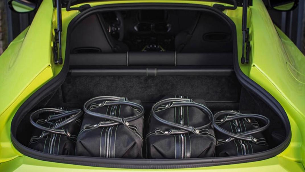 Aston Martin V8 Vantage Public 2020 Interior 005